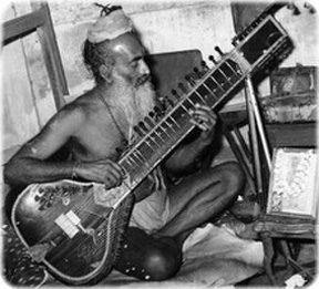 ナーダヨギ/ Parvatikar (Veena Maharaji)